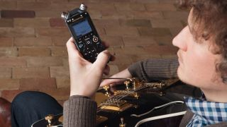 Get your hands on this ultra handy recorder