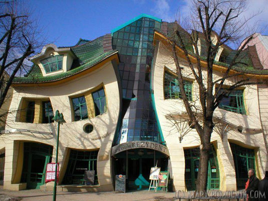 Design landmarks: The Crooked House
