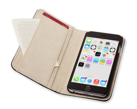 Moleskine's iPhone 6 case is sleek and practical