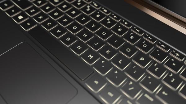 HP Spectre 13.3_keyboard detail