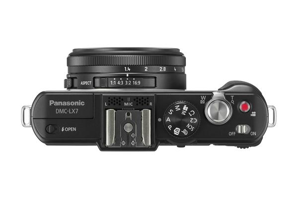 Panasonic Lumix LX7 top