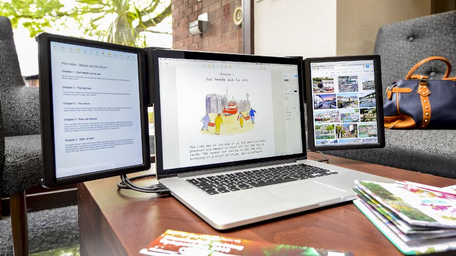 This Bolt On Monitor Gives Your Macbook Up To Two More