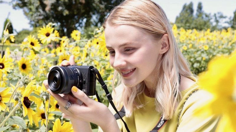 Canon brings its affordable EOS M200 mirrorless camera to Australia
