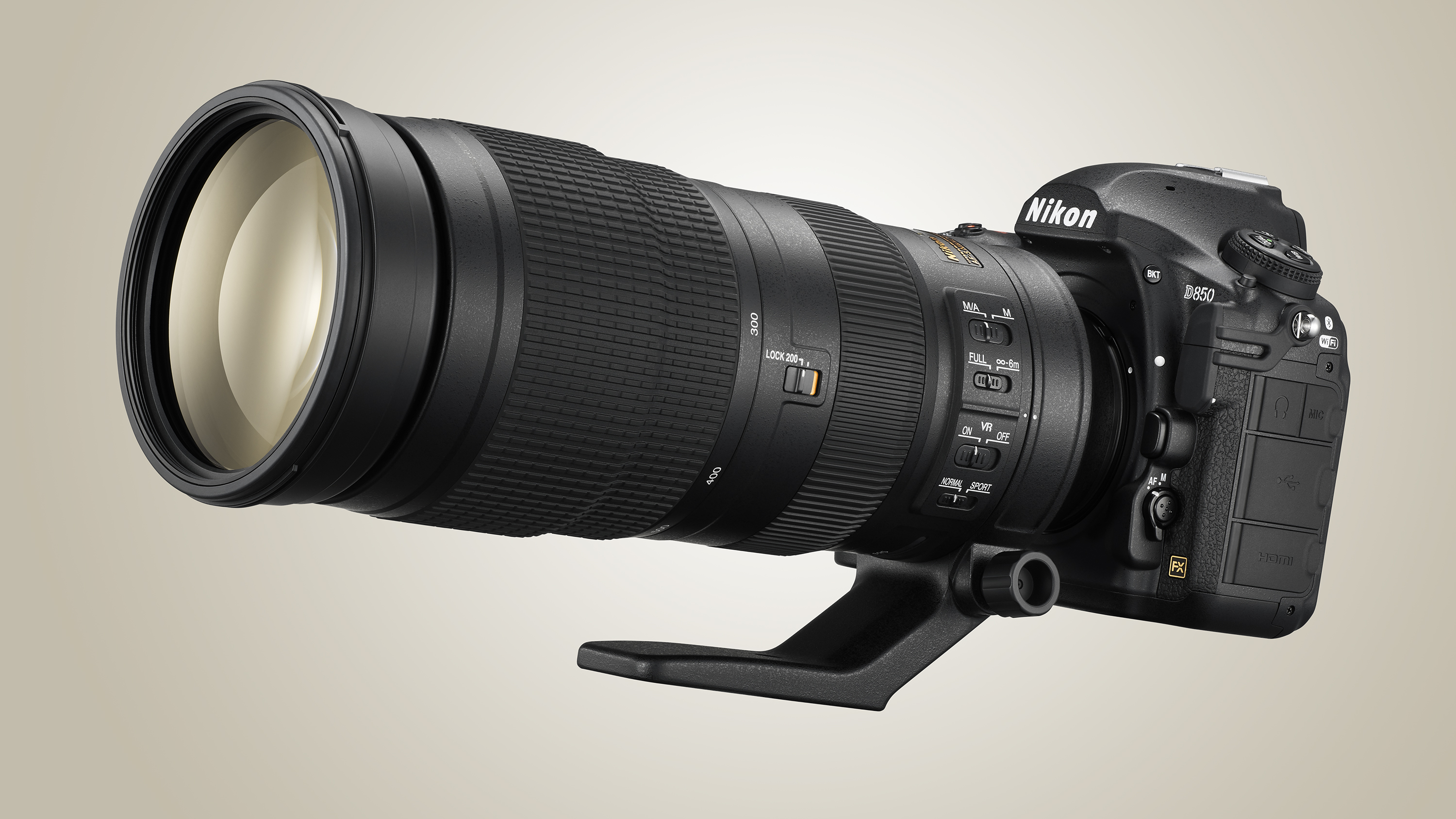 Best super telephoto zoom lenses 2018: 8 lenses to get closer to the action