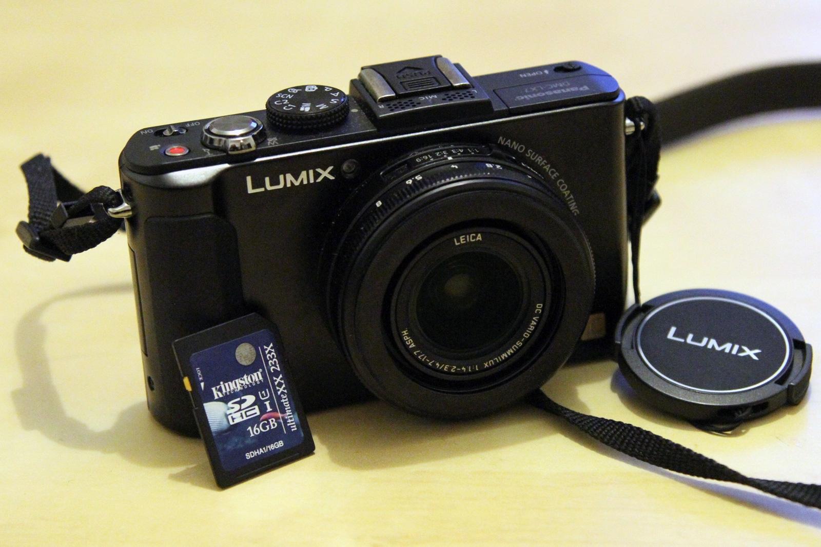 Panasonic Lumix LX7 front