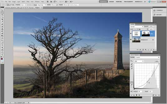 Photoshop tips: Select sky with channels