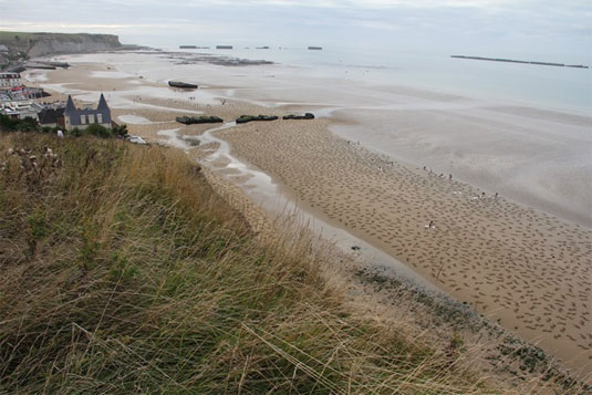 fallen soldiers sand art