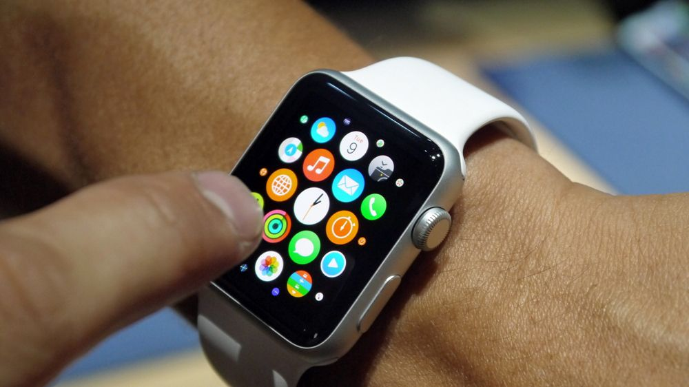The Apple Watch S Biggest Problem Is That It Does Too Much