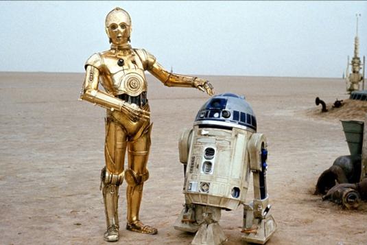 Famous robots: R2D2 & C3PO