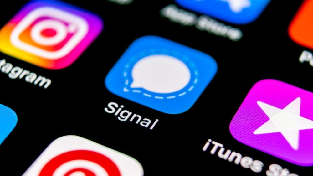 5M2GVYHNG44nfDg7UnJQzW - WhatsApp vs Telegram vs Signal