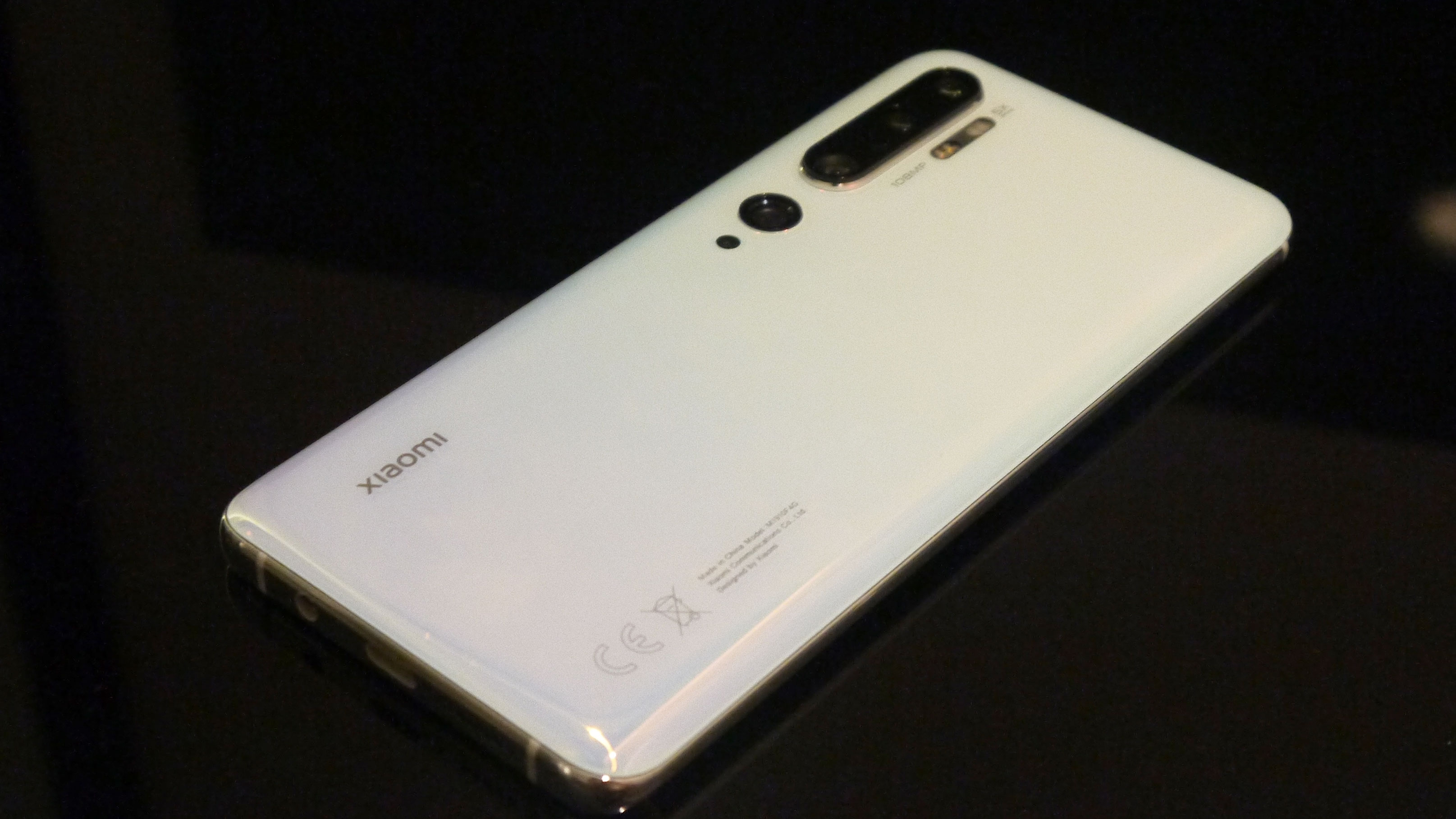 Xiaomi Mi 10 leaked hands-on pictures look a lot like the Mi Note 10