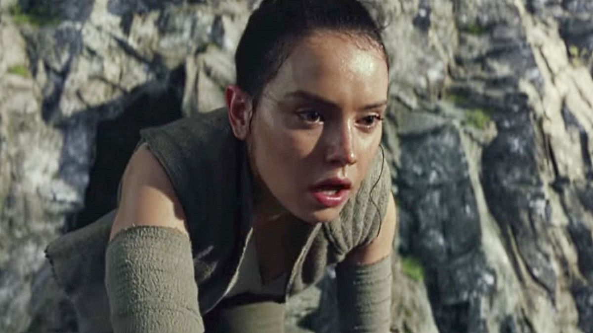 Star Wars: The Last Jedi's director says Rey's reaction to who her parents are is more important than their identity