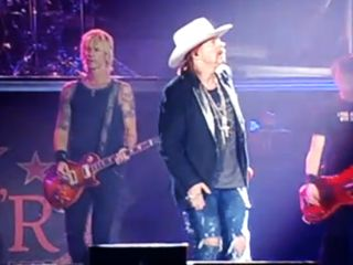 Duff No Axl Look behind you I m over here