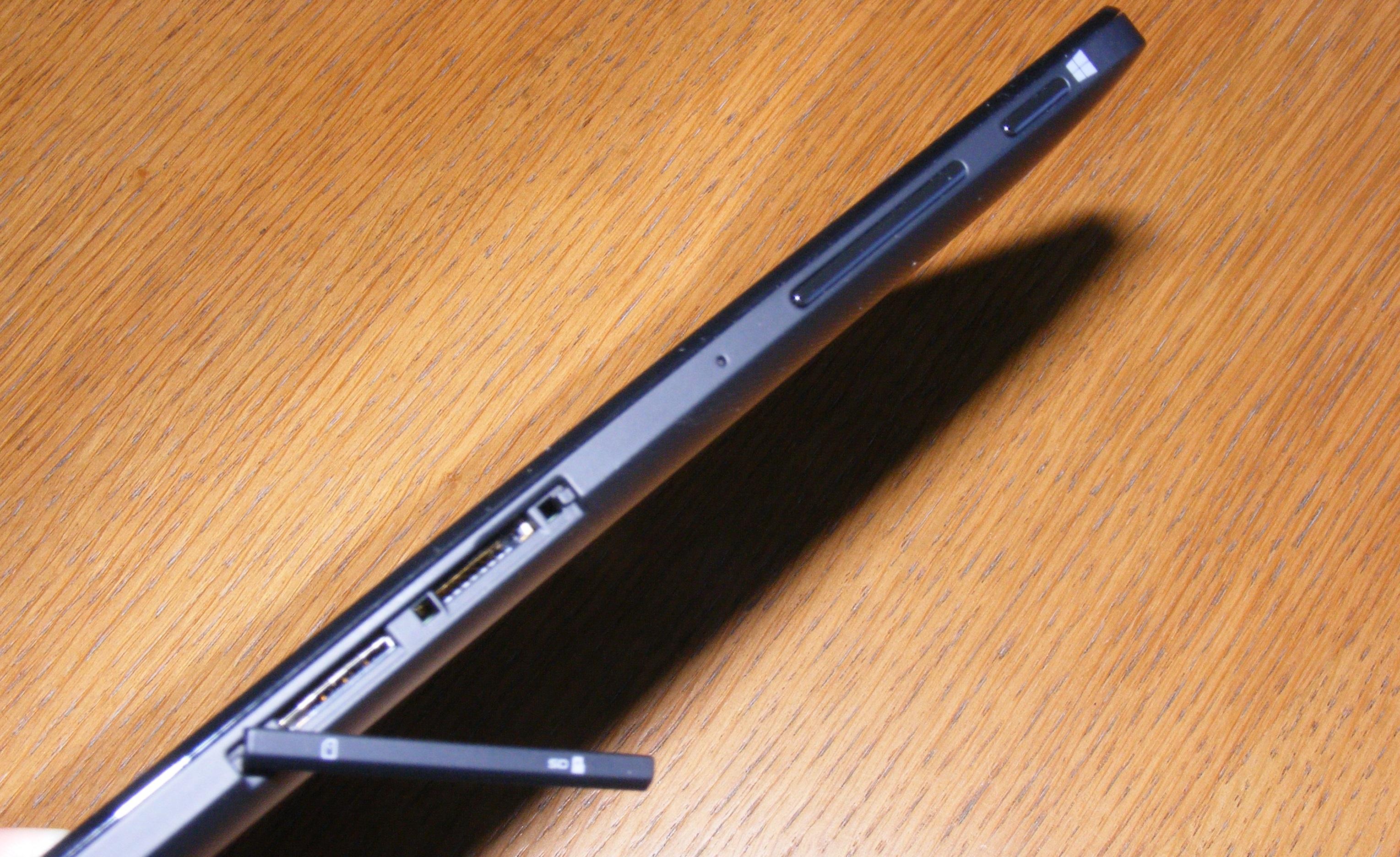 Dell Venue 8 Pro 5855 ports