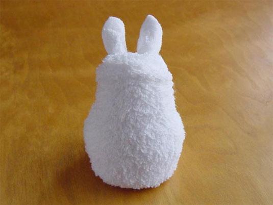 Isamu Sasagawa towel art
