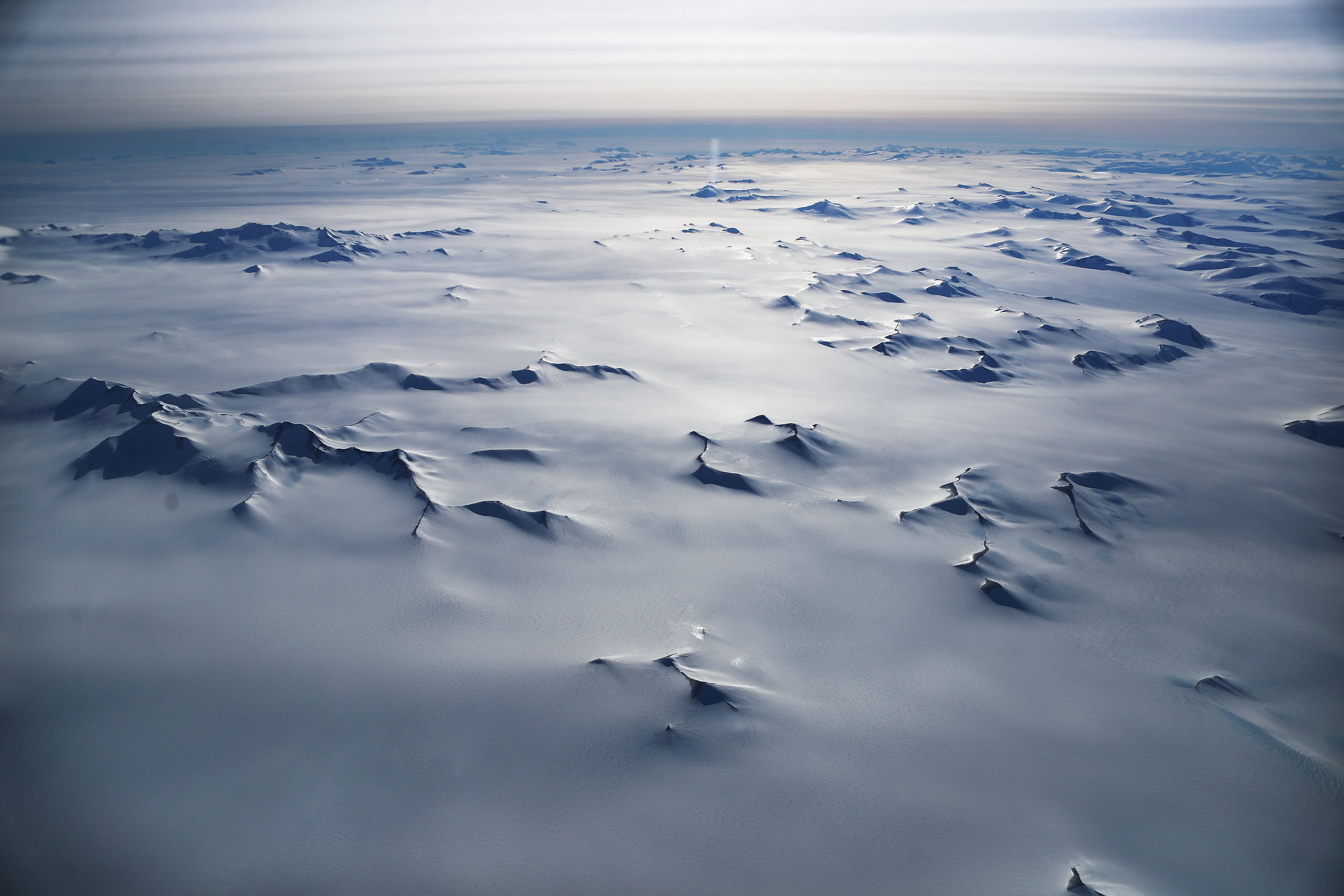 Antarctica has its 1st COVID-19 outbreak 7EbnDSPMc53gveet2L8KUm