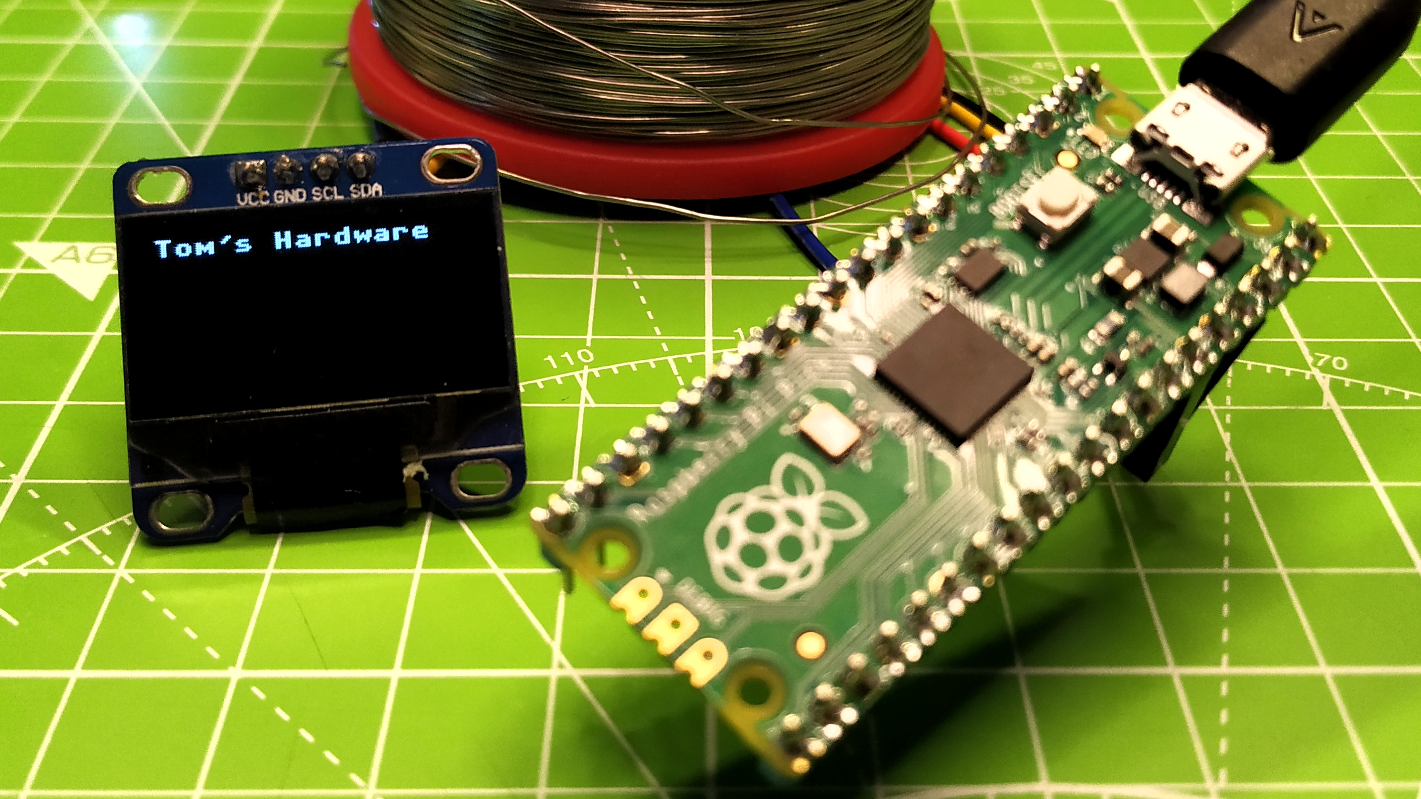 How to Use an OLED Display With Raspberry Pi Pico