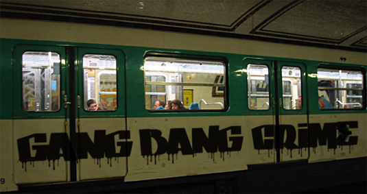 Free graffiti font: Gang Bang Design