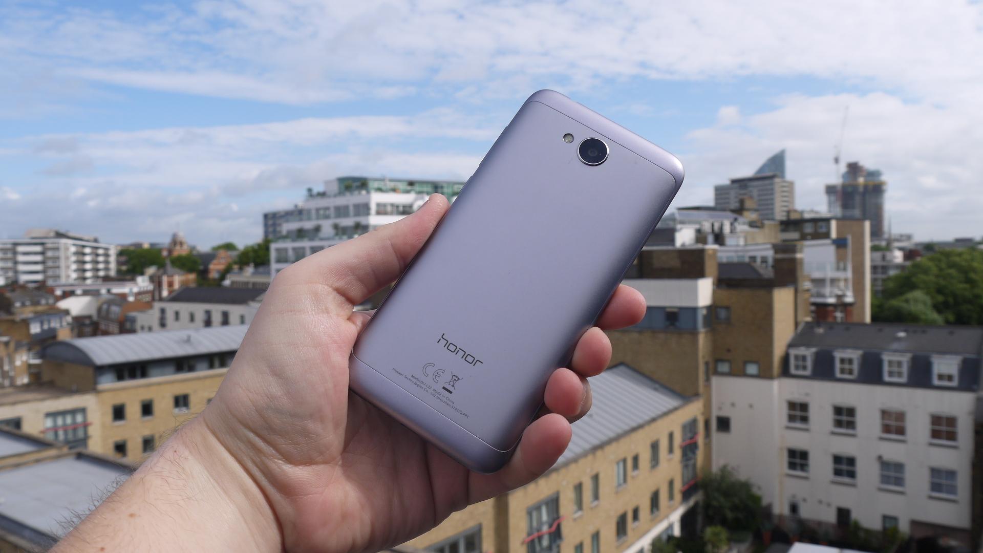 Honor 6A brings premium metal to a cheap phone
