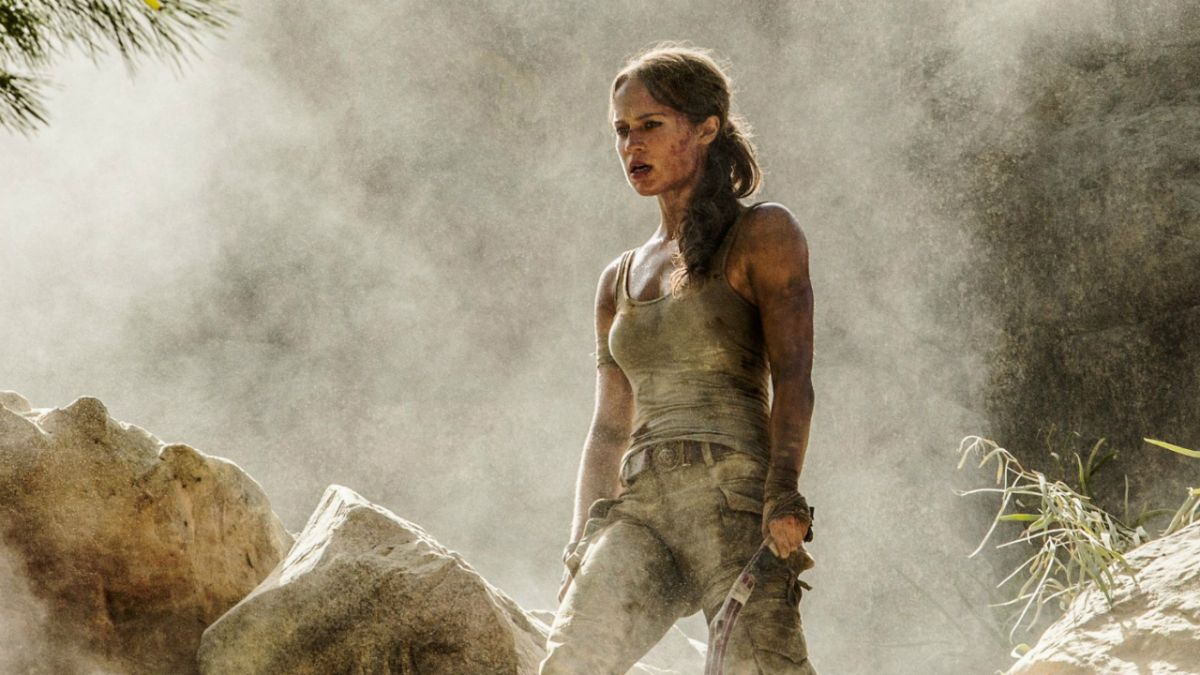 5 gifs from the Tomb Raider movie trailer that prove it's just like Lara's gritty reboot