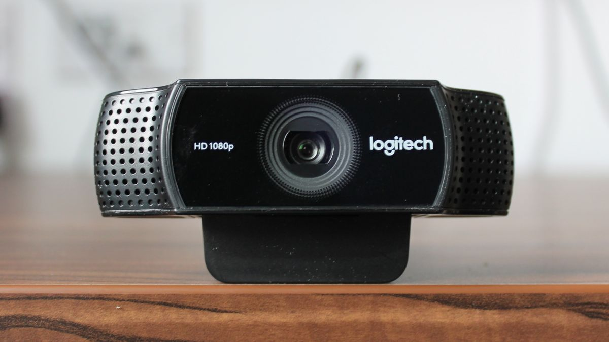 how to change skype to external webcam