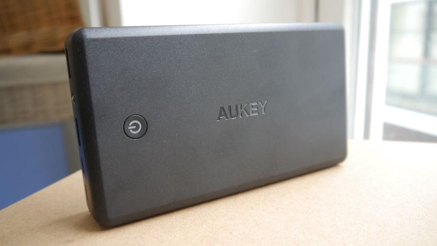 Should Aukey power bank? 905817c1caeb9b71897c