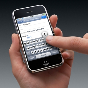 apple-iphone-keyboard-cell-phone-touch-screen.jpeg