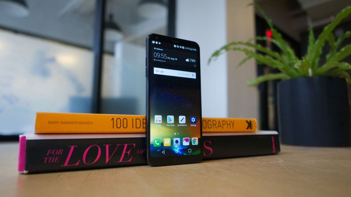 Dc5m united states it in english created at 2018 01 31 0418 the lg q6 is the midrange take on the companys 2017 flagship smartphone the lg g6 as you can see for yourself much of the g6s visual pizazz has made fandeluxe Gallery