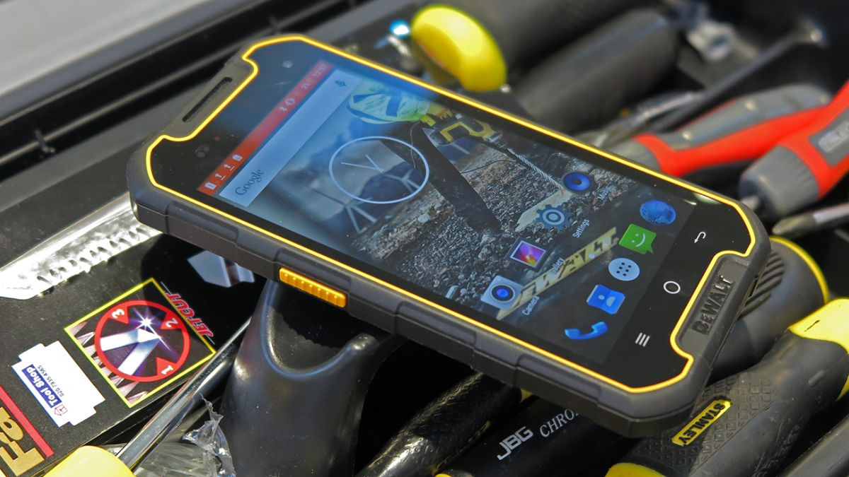 Dewalt Md501 Rugged Smartphone Review Hard As Nails T3