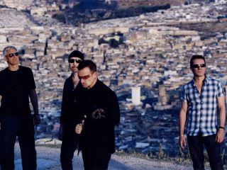 U2 see beyond the Horizon