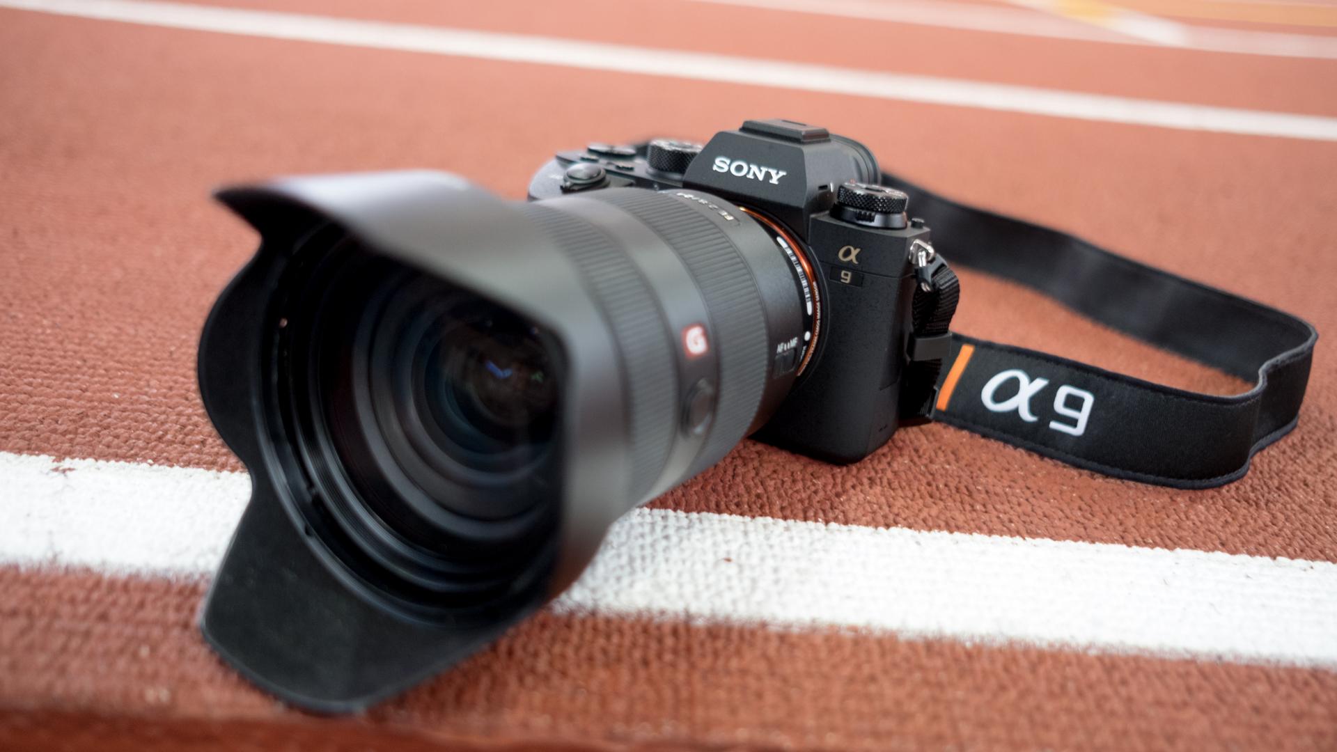▷ La mejor cámara sin espejo de fotograma completo 10