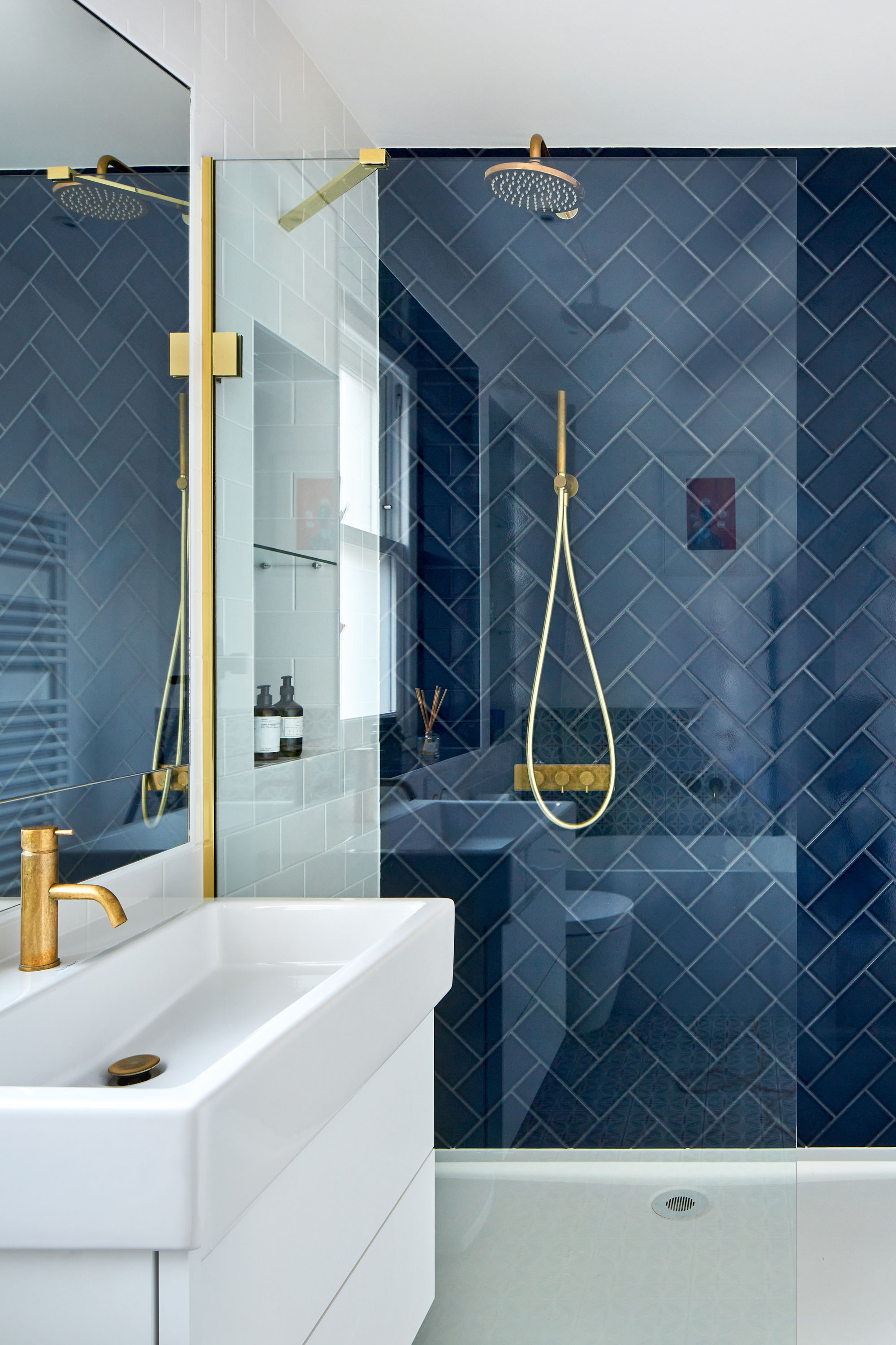 How To Tile A Shower Get Pro Finish, How To Cut Tiles Fit Around Pipes