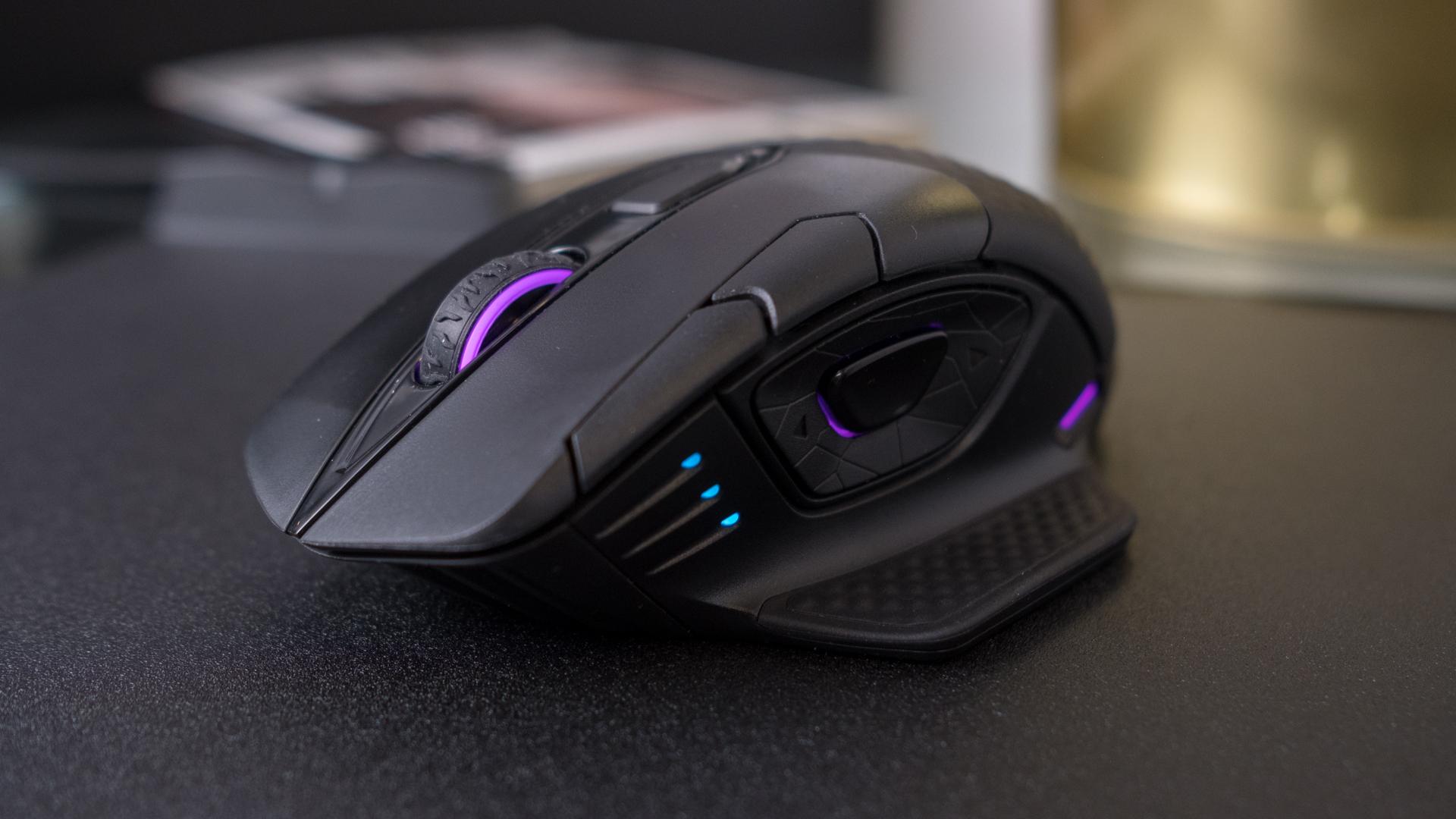 Corsair Dark Core RGB SE mouse