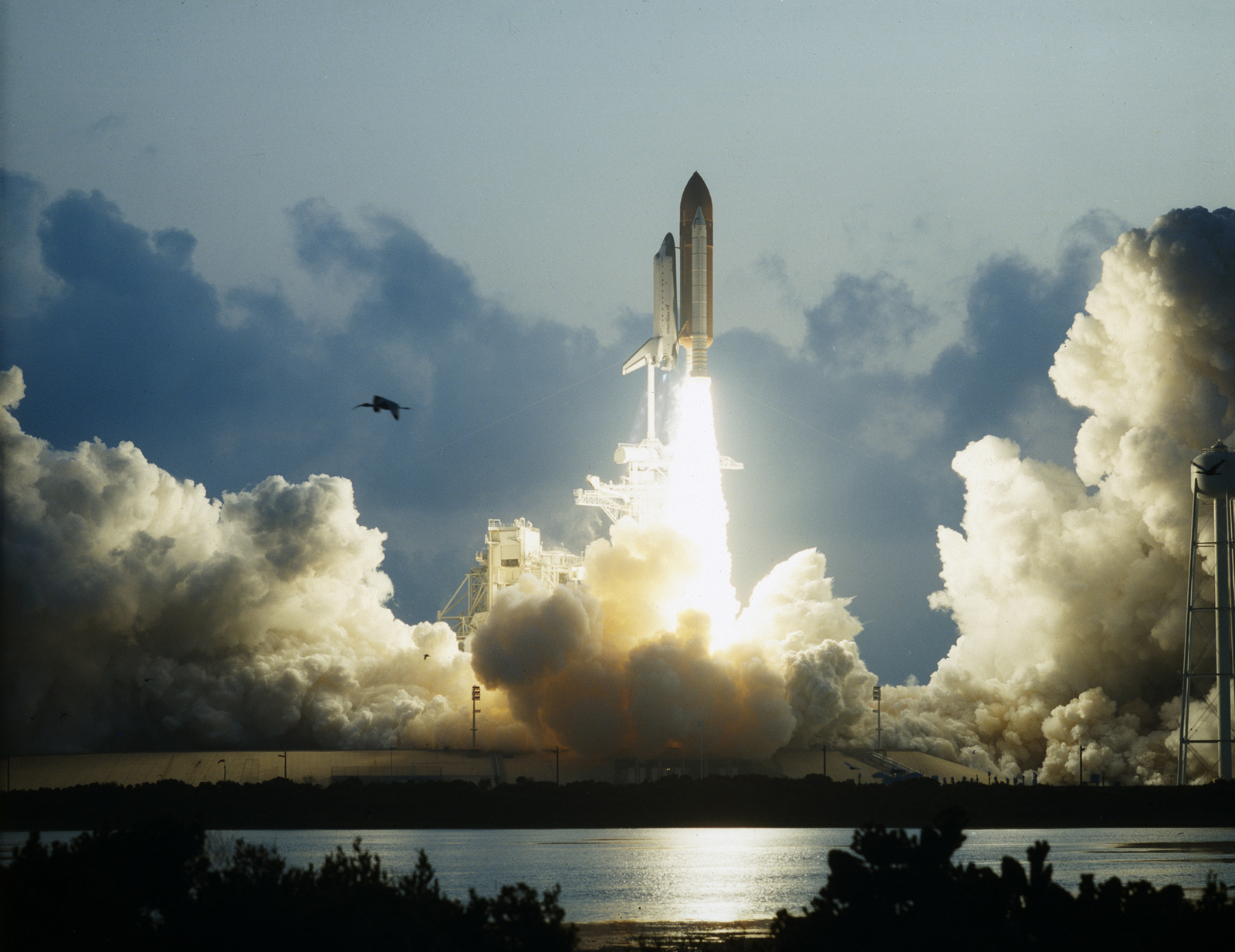 On This Day in Space! May 7, 1992: Space shuttle Endeavour launches on maiden voyage