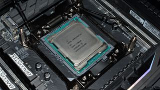 Skylake X is here Threadripper is coming but gamers should give both a pass