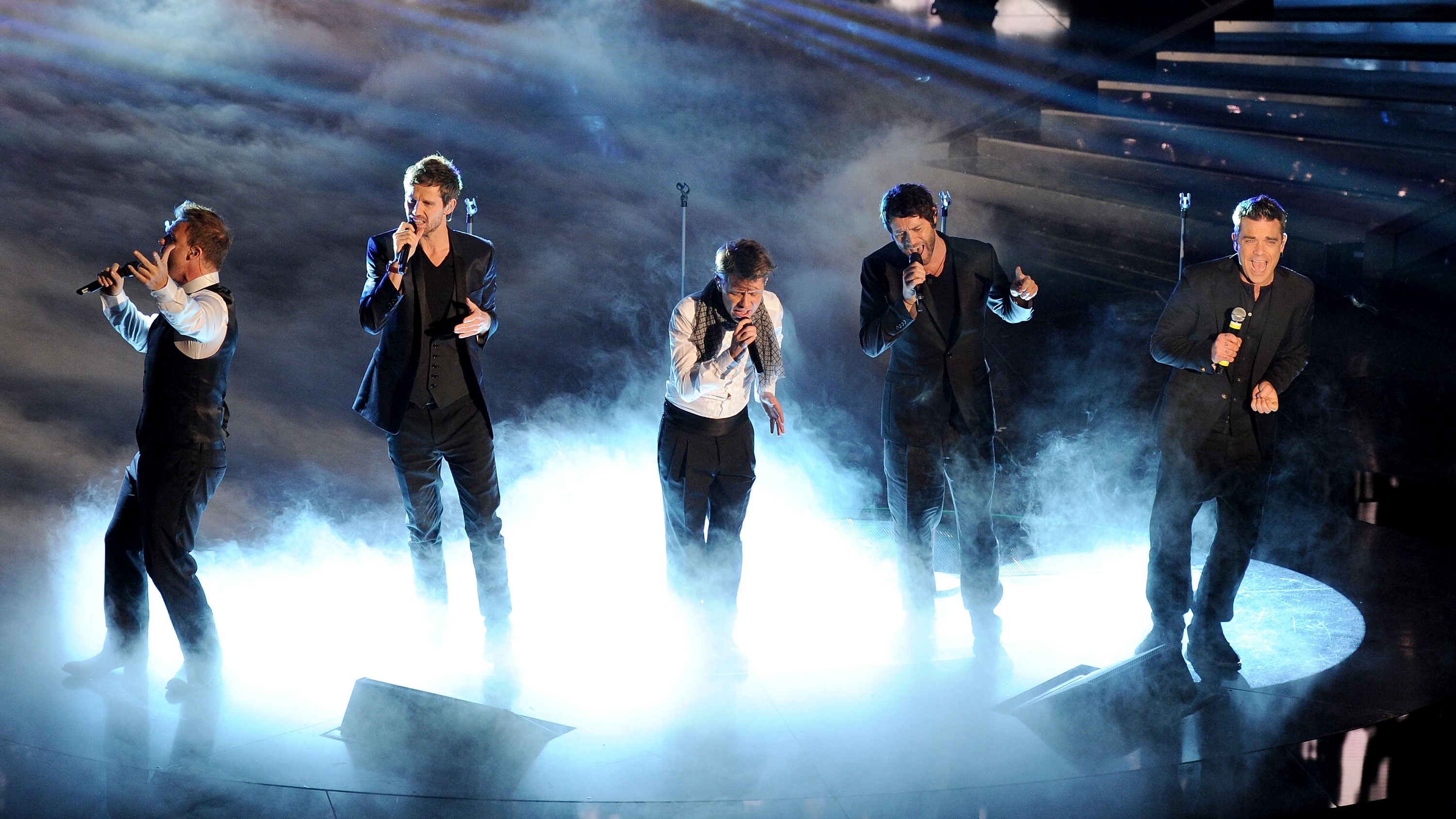 How to watch the Take That concert online from anywhere in the world tonight