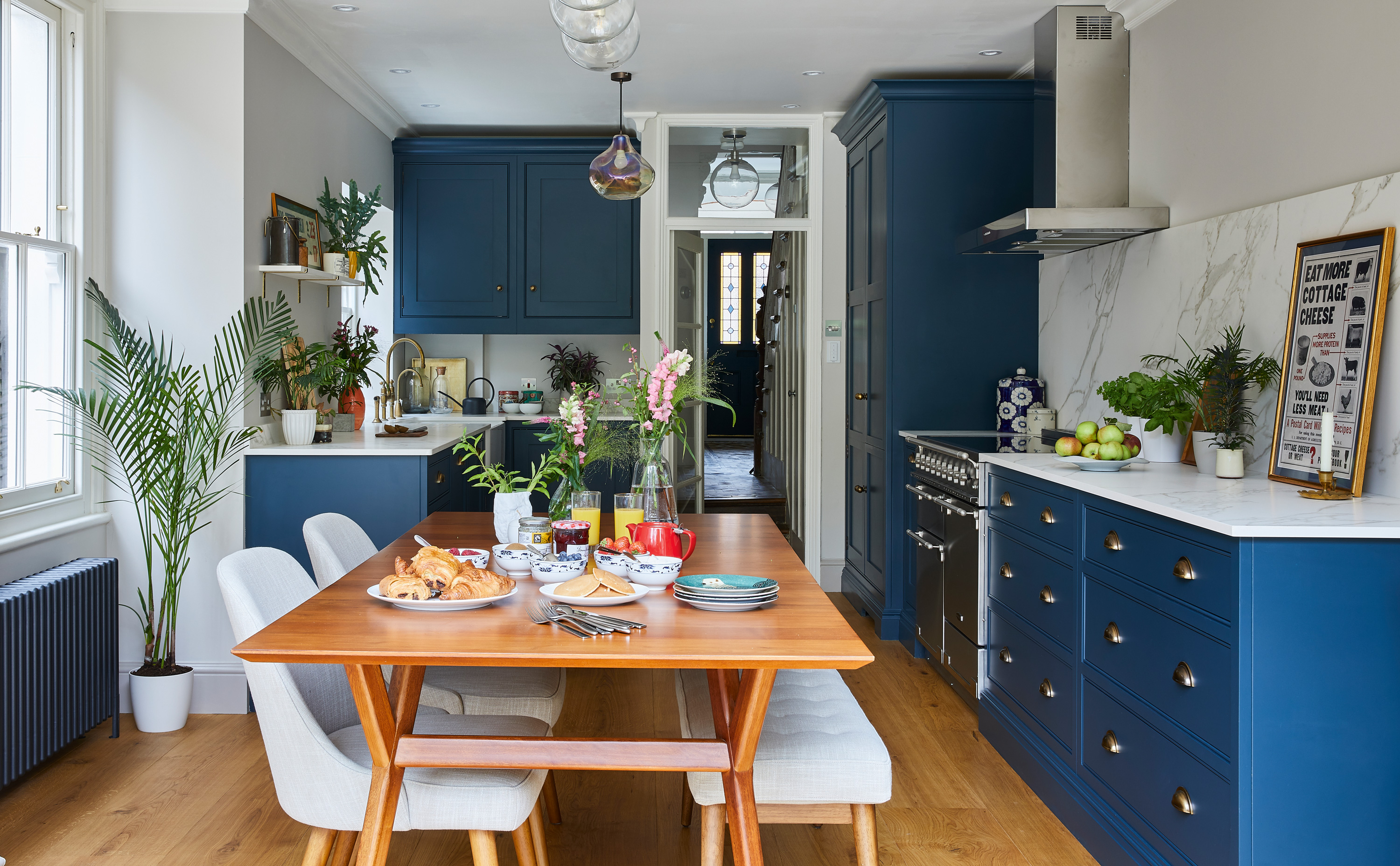 15 Blue Kitchen Ideas To Make You Want Try This On Trend Look Real Homes