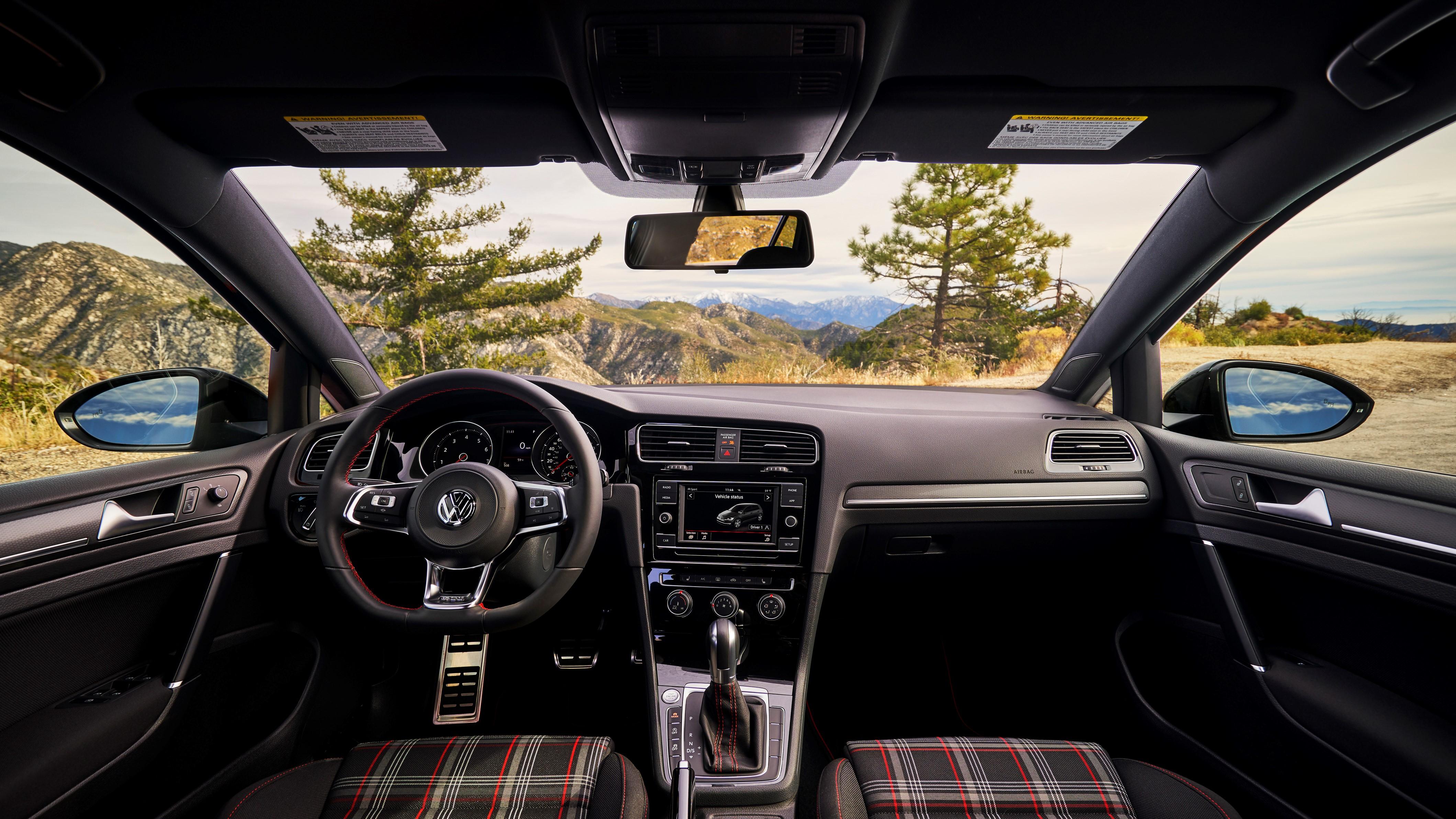 VW Golf GTI 2.0T Autobahn