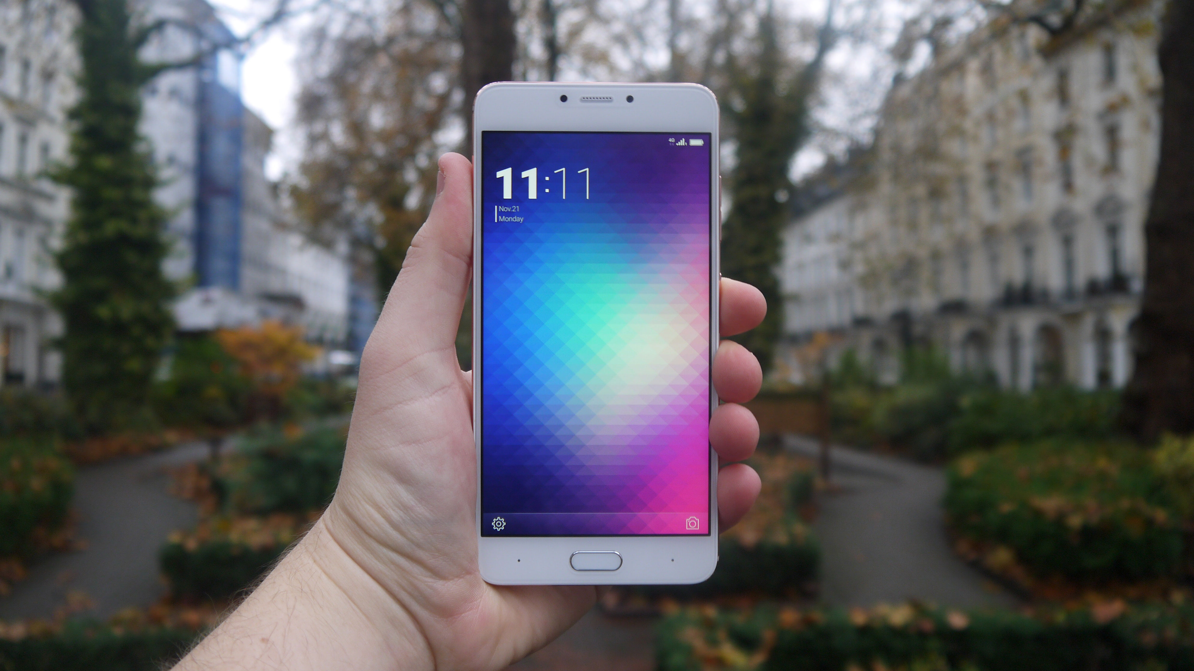 Meizu Mx6 Drippler Apps Games News Updates Accessories 32gb Ram 4gb Gold The Blu Vivo 6 Is Similar To In Many Regards But Also A Fair Amount Cheaper It Matches On Just About Every Specification