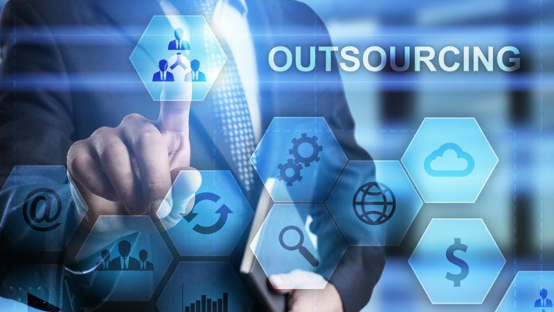 How outsource software development successfully E5xyCoF72zQJr8qpAkta