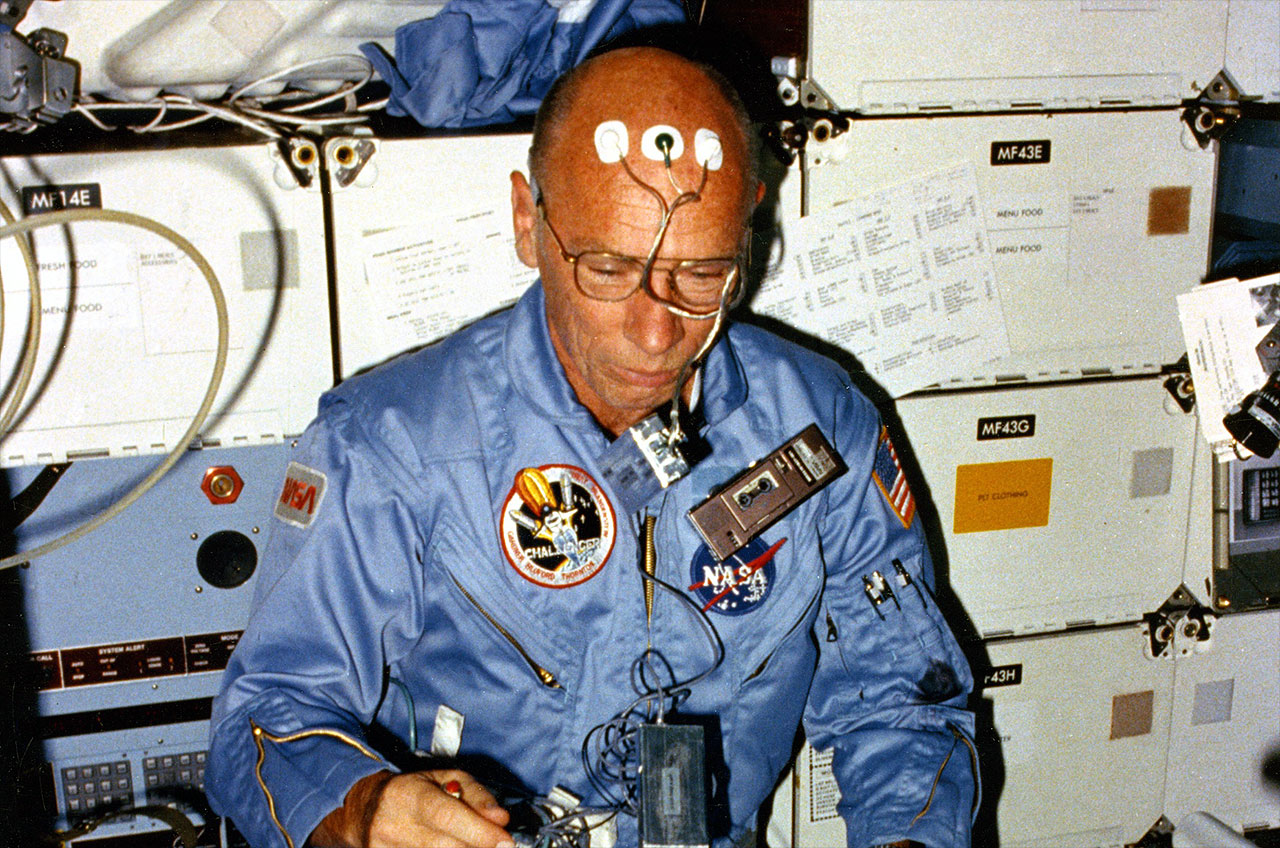 Astronaut William Thornton, who invented space shuttle treadmill, dies at 91