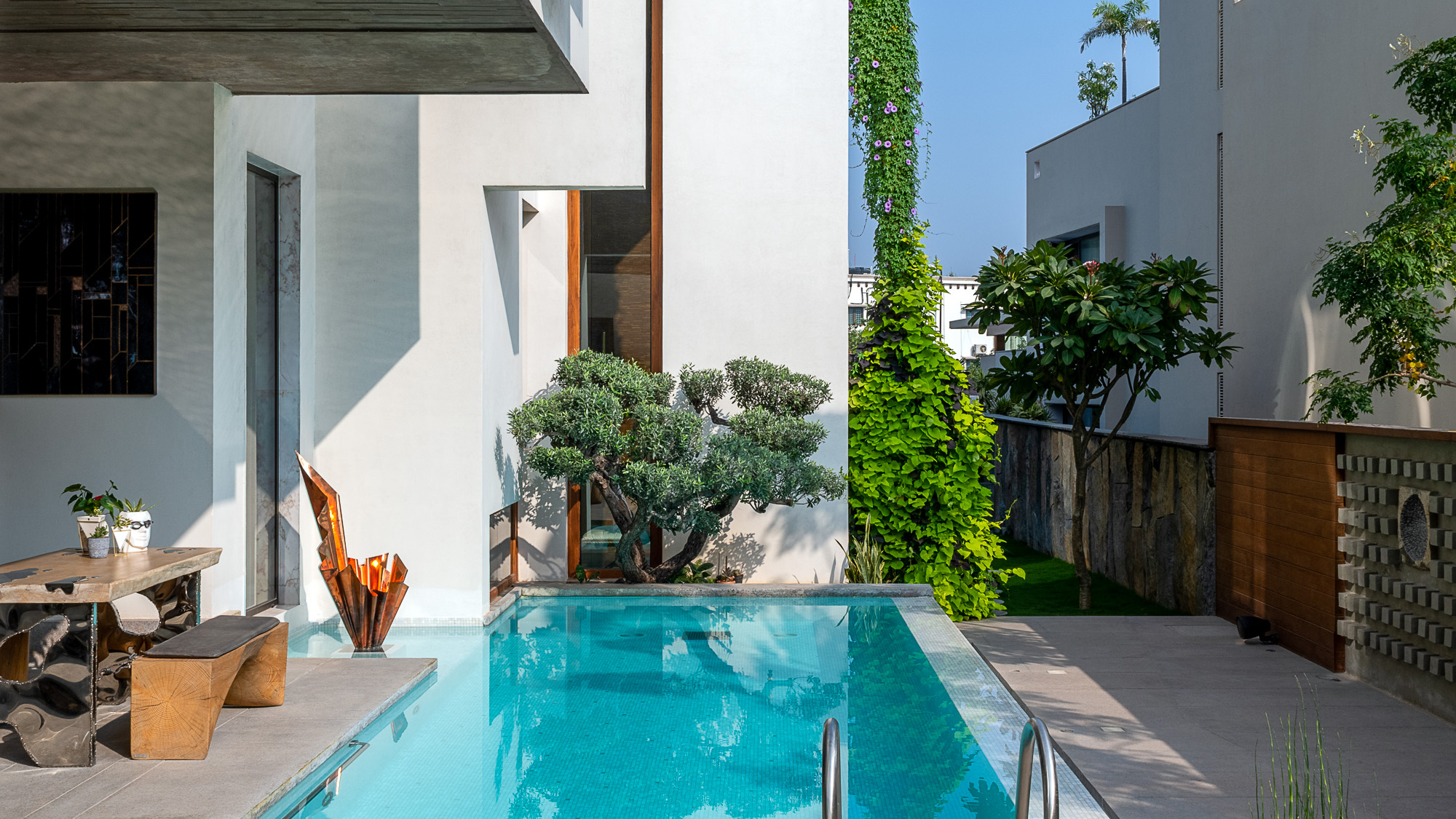 20 small backyard pool ideas to squeeze into a tiny space   Livingetc