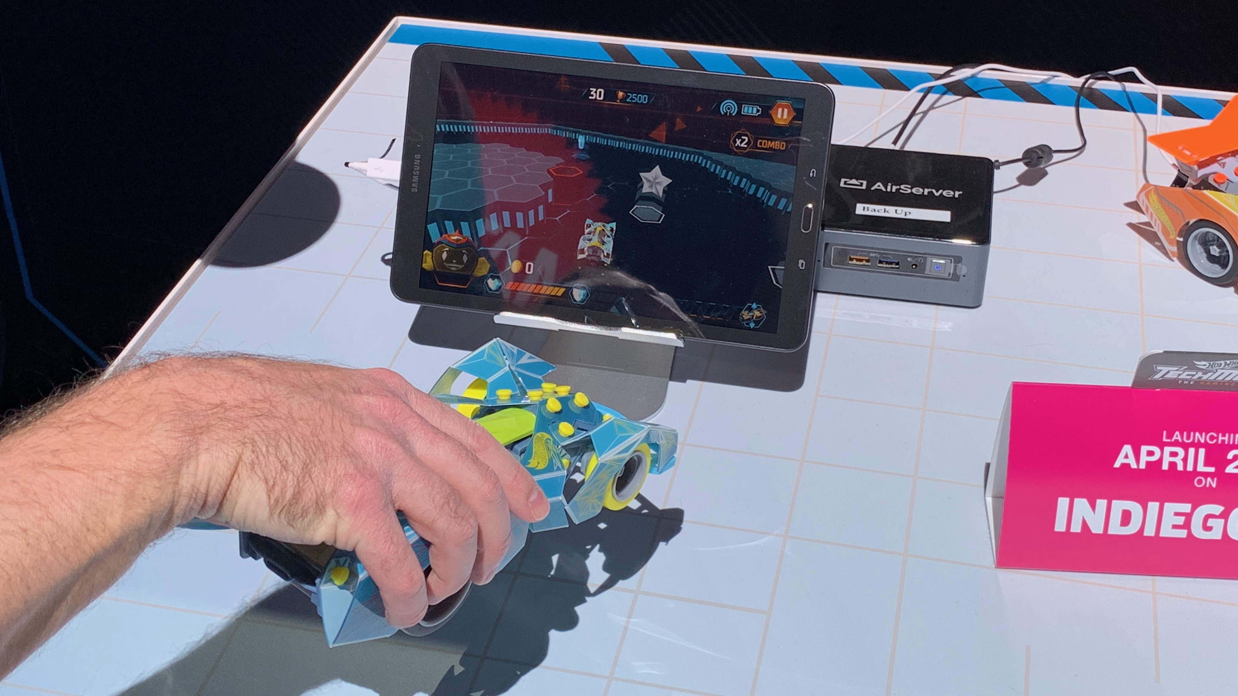 EnkWZEbiUgvACYdbfXNeoa - Tech toys 2019: the best new games and gadgets from the NYC Toy Fair