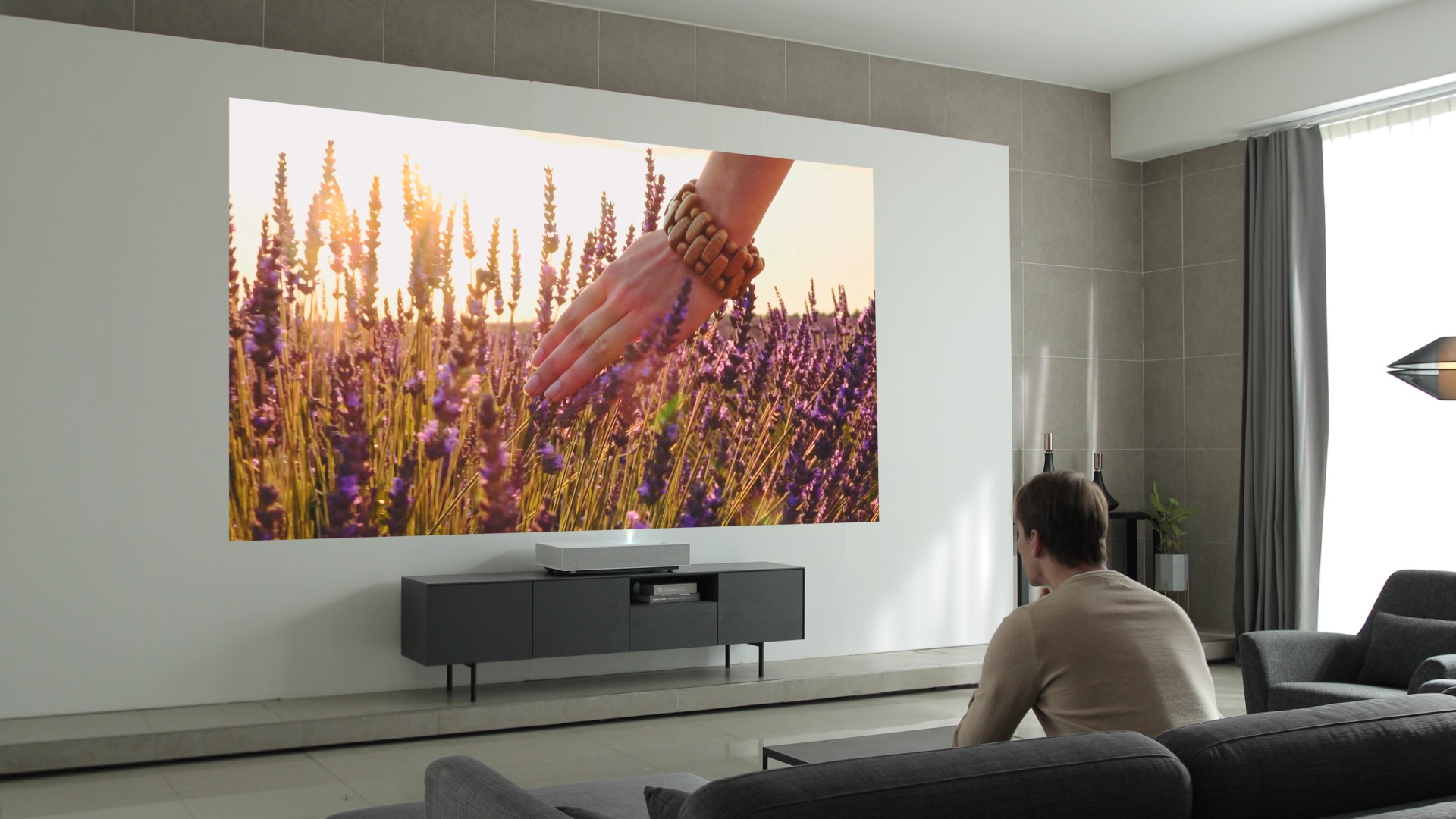 The Lg Cinebeam Is An Eye Popping 4k Laser Projector At An