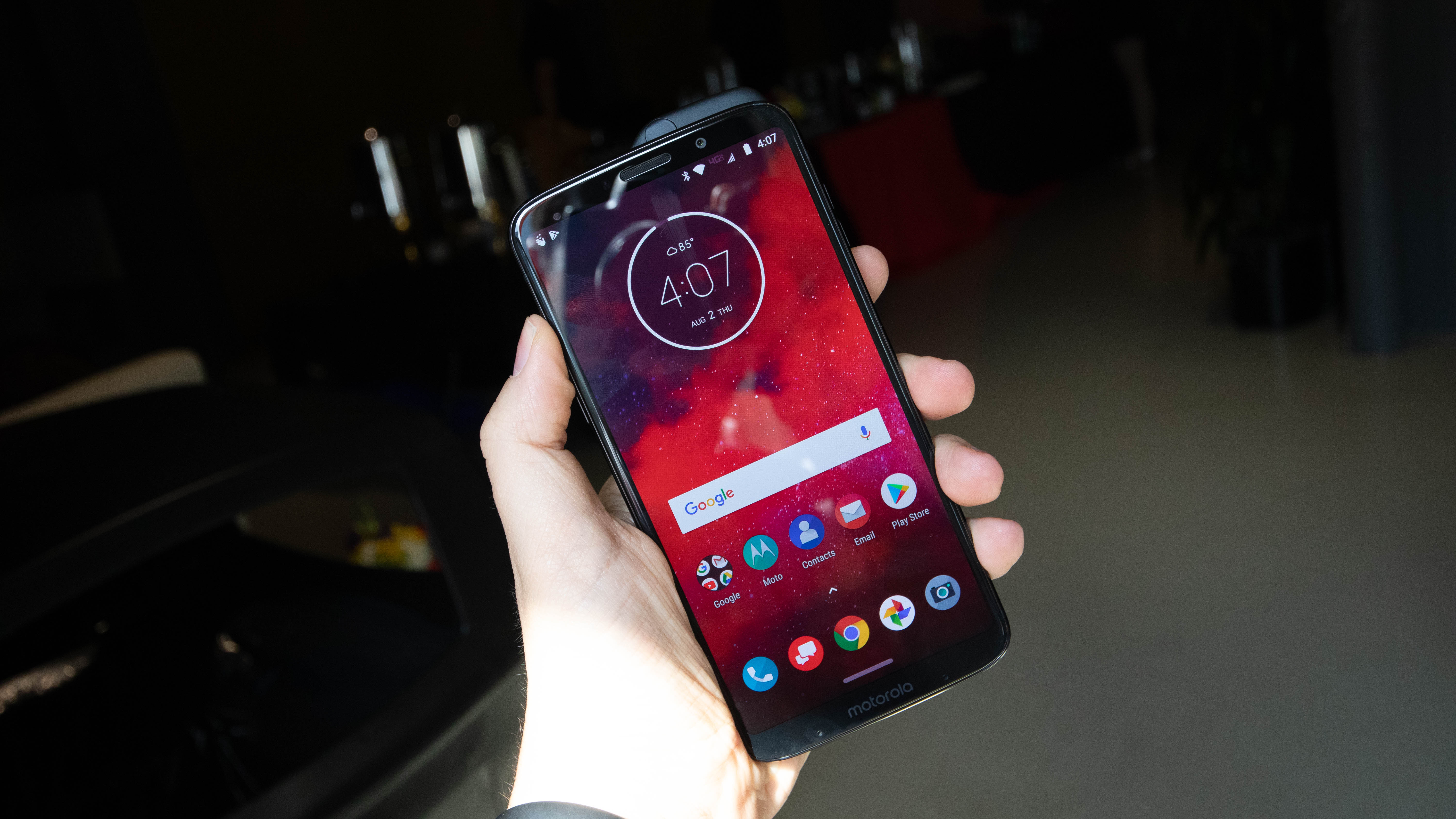 The new Motorola Razr is a sleek foldable flip phone but it doesn't justify the high price