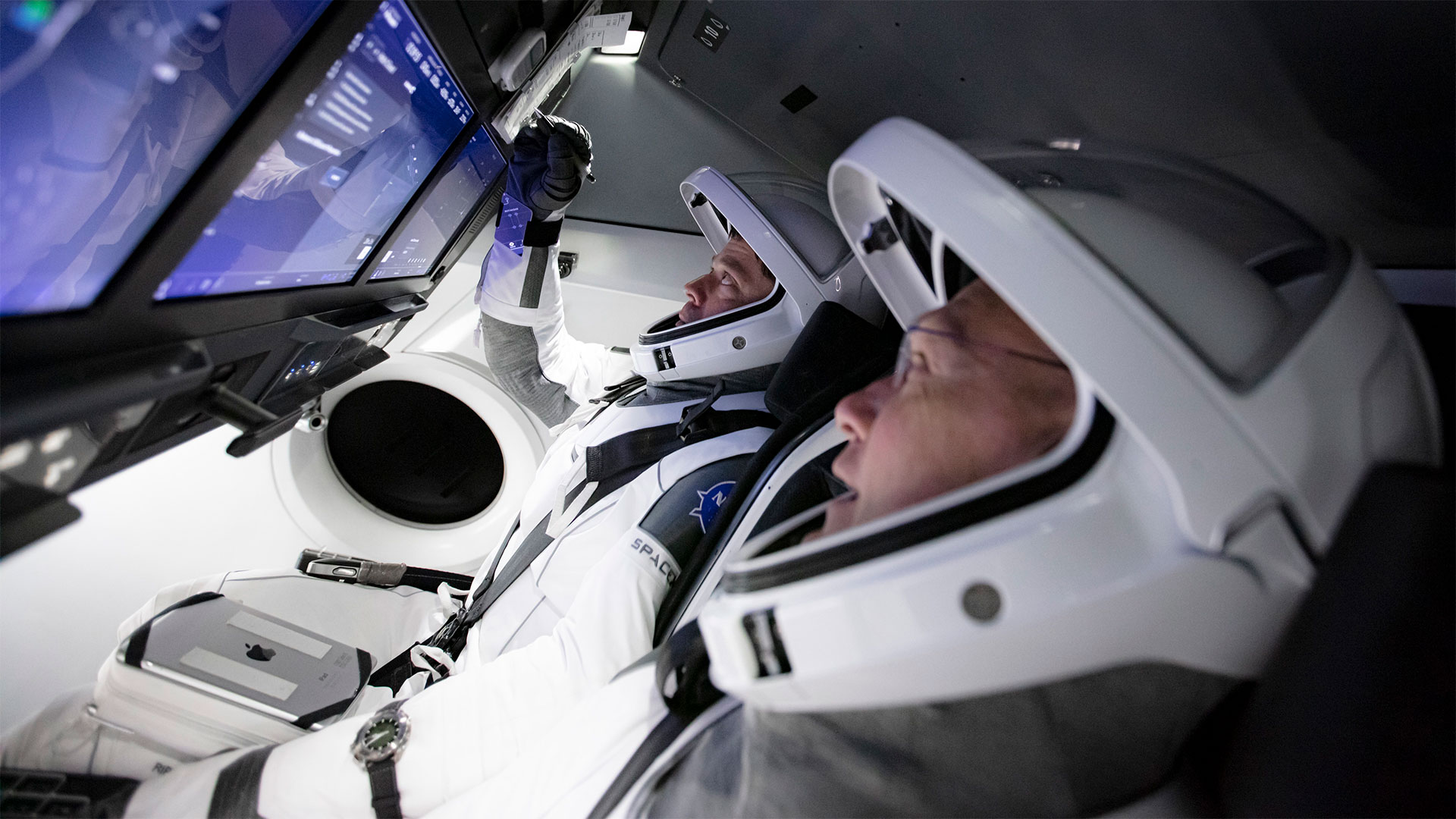 SpaceX launch time live stream
