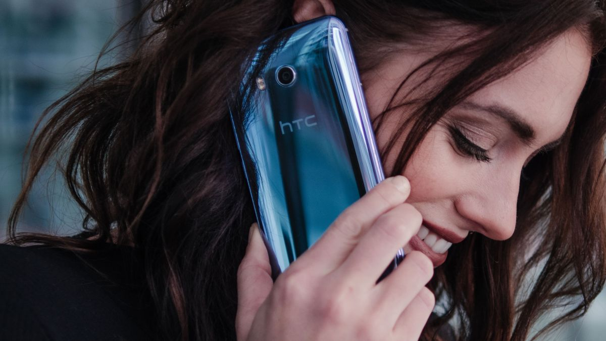 How can the HTC U11 be selling so well already?