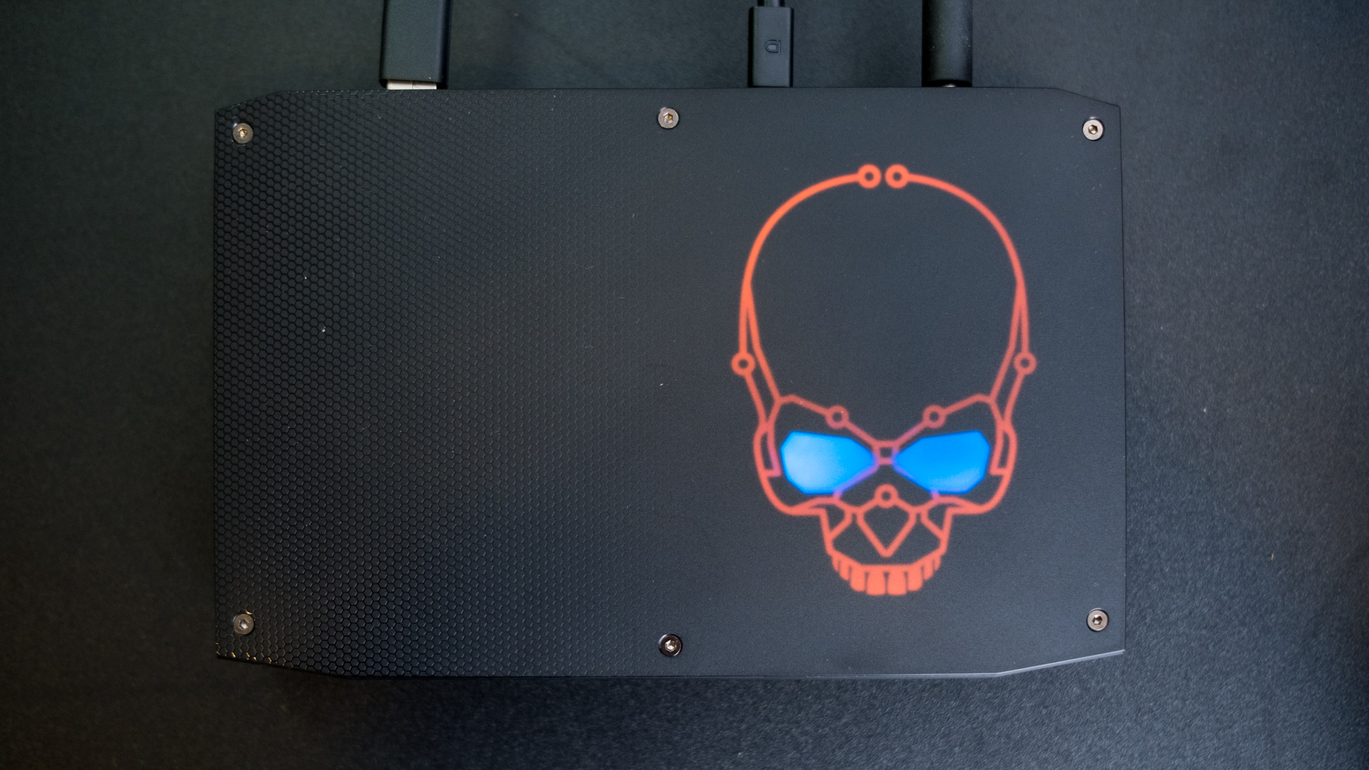 Intel Hades Canyon NUC - myOurReview