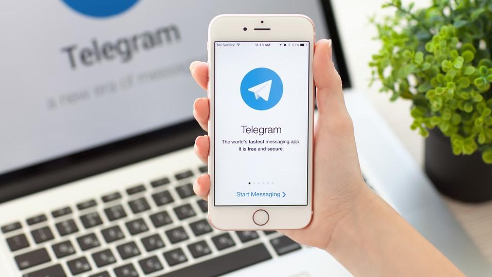 MBAK2qBssgYAU5aBU93iRZ - WhatsApp vs Telegram vs Signal