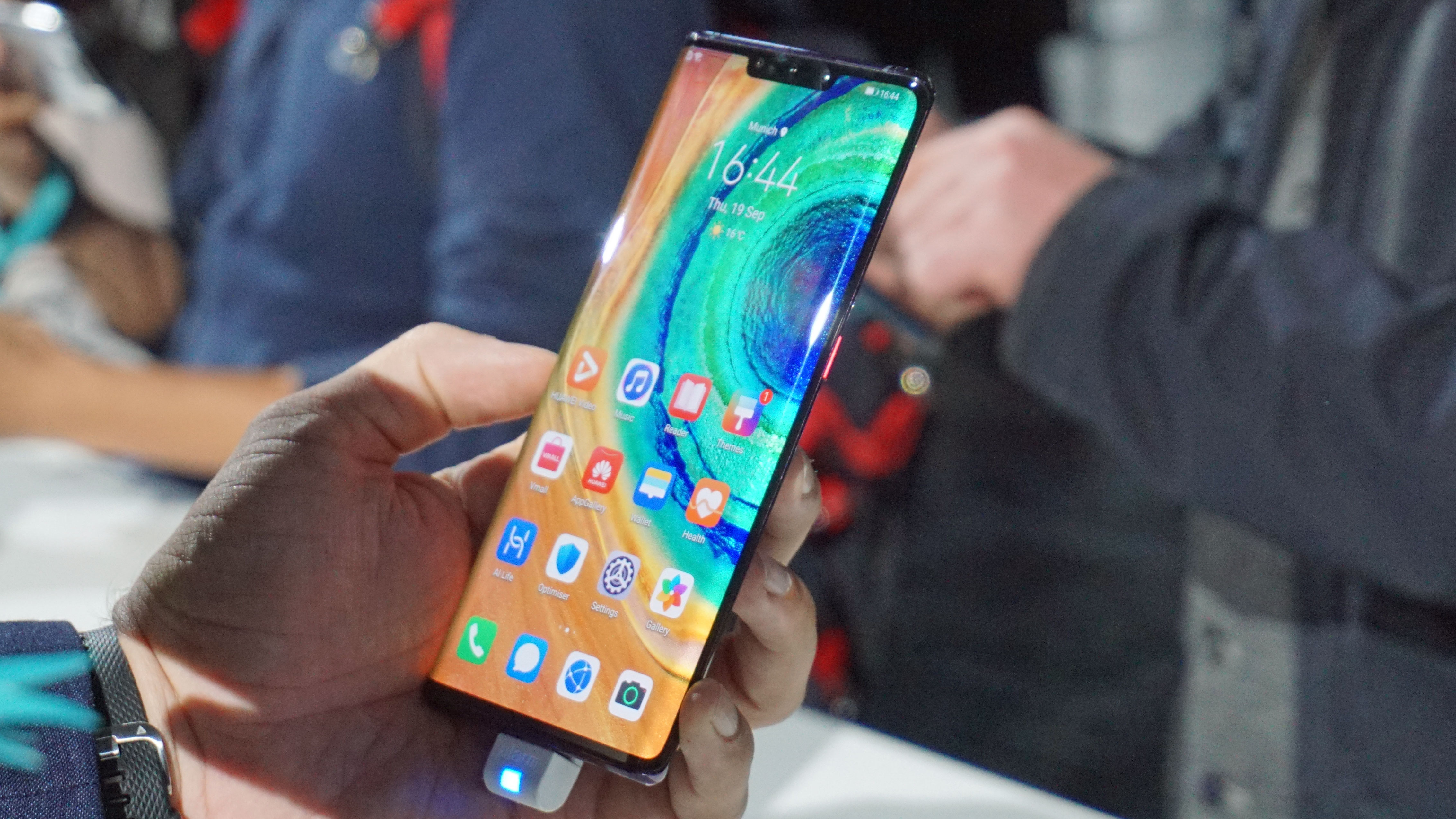 Huawei Mate 30 Pro vs Samsung Galaxy Note 10 Plus